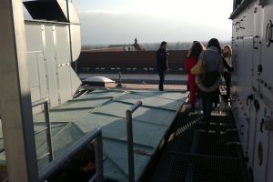 http://people-project.net/wp-content/uploads/2019/12/SLO-students_rooftop-300x200.jpg